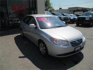 2009 HYUNDAI ELANTRA ! GREAT ON GAS ! SHOWS VERY WELL !