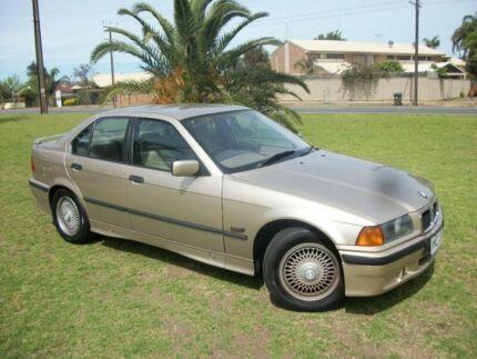 1992 BMW 318I 4 Speed Automatic Sedan