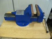 """Engineers/Model makers 6"""" vice. (Will Post) (REDUCED PRICE)"""