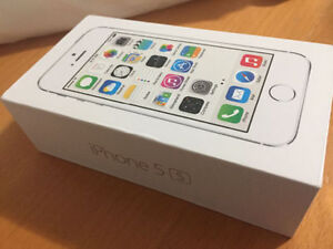 Unlocked iPhone 5s 16gb in silver mint condition