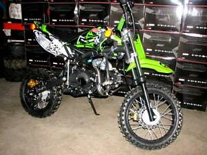LIQUIDATION--DIRT BIKE/MOTOCROSS DEMON125 ADO & ADULTE