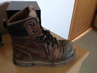 Size 8 mens dakota work boots