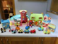 Happyland bundle Early Learning Centre