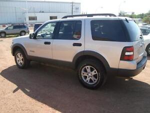 2006 Ford Explorer XLT 4.0L 4WD Edmonton Edmonton Area image 6