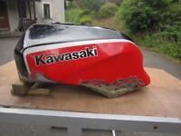 KAWASAKI GPZ 750R/900R PETROL TANK