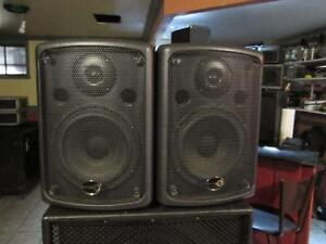 power speakers music8