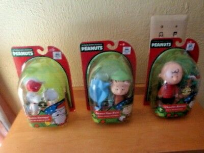 Characters In Charlie Brown (A CHARLIE BROWN CHRISTMAS PEANUTS CHRISTMAS DECOR NEW IN BOX SET OF 3)