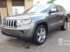 2011 Jeep Grand Cherokee LIMITED/ 3.6L/ NAVIGATION/ SUNROOF/ 20\