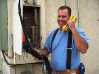 INTERNET,CABLEVISION,TELEPHONELINE REPAIRS AND HOOKUP!