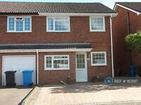 3 bedroom house in Blackbird Close, Poole, BH17 (3 bed)