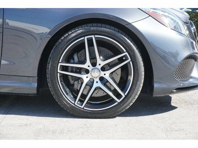 Image 4 Voiture American used Mercedes-Benz E-Class 2016