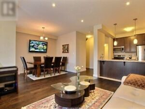 [Lease] Townhouse in Ancaster