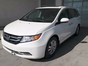 2014 Honda Odyssey EXL, DVD, SUNROOF, POWER DOORS