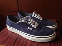 Size 7 Vans Authentic - Dress Blue / White