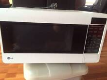 LG Microwave - $35.00 negotiable. Must sell asap. Brisbane City Brisbane North West Preview
