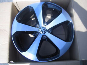 Wanted: VW OEM Thunder II wheels Kitchener / Waterloo Kitchener Area image 1