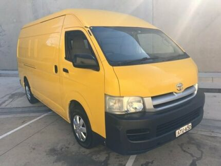 2005 Toyota Hiace KDH220R Van Super LWB 5dr Man 5sp, 1249kg 2.5DT Yellow Manual Van