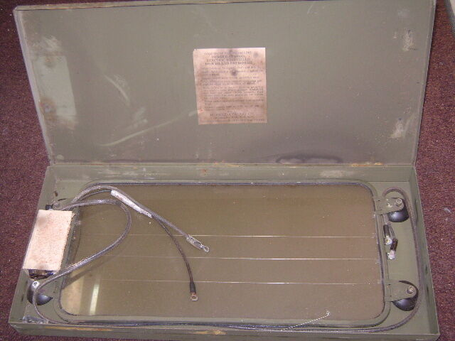 WWII 1942 DURKEE-ATWOOD ELECTRIC WINDSHIELD DE-ICER AND DEFROSTER