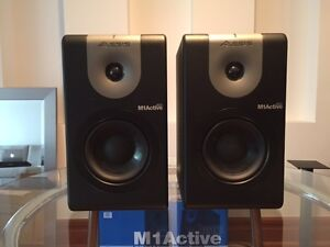 Alesis M1 Active 620 Powered Studio Monitor Pair-IN THE BOX!