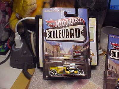 Hot Wheels Boulevard T-Bucket with Real Riders