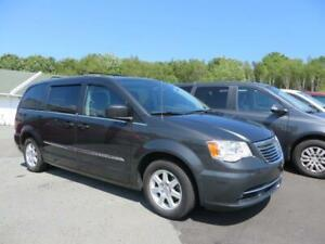$75  WEEKLY! 2011 Chrysler Town & Country TOURING EDITION!!!