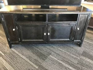 ASHLEY FURNITURE TV STAND 51163578