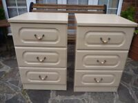 Pair Cream Bedside Cabinets in Excellent Condition