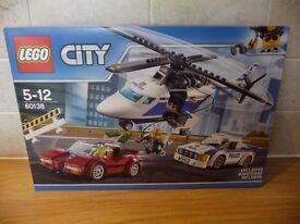 LEGO CITY SET 60138 HIGH SPEED CHASE BRAND NEW IN FACTORY SEALED BOX