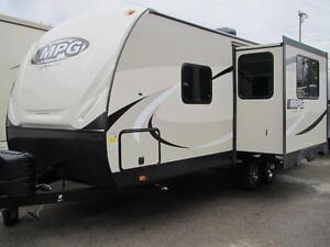 2017 MPG 2250RB COUPLES UNIT -4700 LBS-JUST IN! FINANCING!WOW!