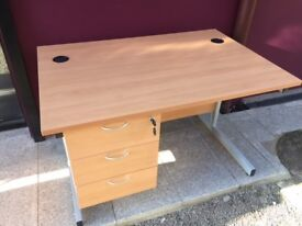 Beech 1.2m straight office desk with drawers & key