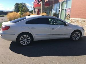 2010 Volkswagen CC MINT condition.