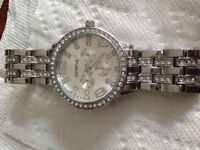 LADIES WATCH BRAND NEW WORKS GREAT ONLY $25