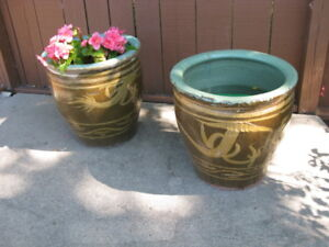 Glazed Motif Flower Pots With Chinese Dragons
