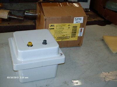 Allied Moulding Non-metallic Enclosure Pn Am664rh Wpush Button Pilot Nib
