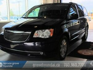 2015 Chrysler Town & Country TOUR