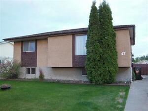 Leduc home with in-law suite