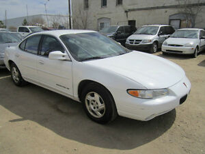 1998 Pontiac Grand Prix Sedan..