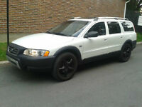 2005 Volvo XC70 Wagon-CROSS COUNTRY-AWD-162,000KMS