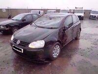 2006 VOLKSWAGEN VW GOLF 1.6 FSI IN BLACK BREAKING FOR PARTS
