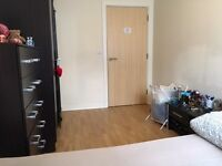 double bedroom in shared flat ,close to south harrow station,clean including all bills double room