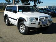 2002 Nissan Patrol GU III MY2002 ST White 5 Speed Manual Wagon Wangara Wanneroo Area Preview