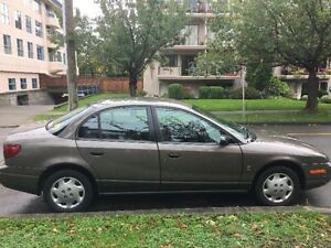 $1600 Saturn 2000 S-Series Sedan