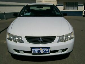 2003 Holden Commodore VY exective White Automatic Sedan Wangara Wanneroo Area Preview
