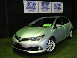 2018 Toyota Corolla ZRE182R Ascent Sport S-CVT Silver Pearl 7 Speed Constant Variable Hatchback Albion Park Rail Shellharbour Area Preview