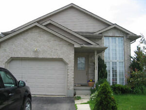 Fanshawe 2 Rooms Available