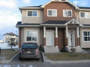 THREE BED  ROOMSCORNER  TOWN  HOUSE  FOR  SALE