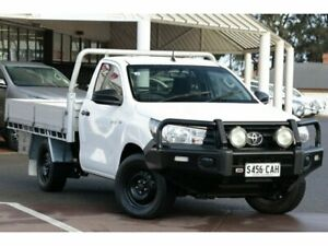 2015 Toyota Hilux TGN121R Workmate 4x2 Glacier White 5 Speed Manual Cab Chassis Christies Beach Morphett Vale Area Preview