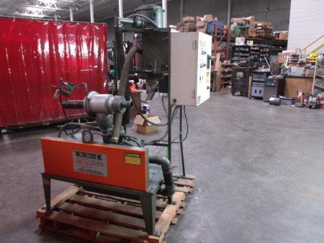 Walton/Stout Vacuum Blower Package Universal Roots Model 33 U-RAI  GE 5 HP motor