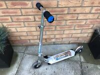 'Lightning strike' scooter for 3-6 year olds