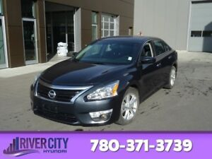 2015 Nissan Altima 2.5S Heated Seats,  Sunroof,  Back-up Cam,  B